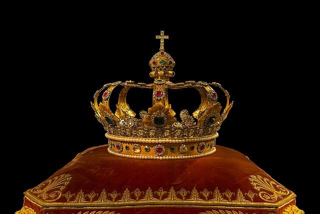 シータの名前の由来や本名は?ラピュタの真の王族って本当なの?4